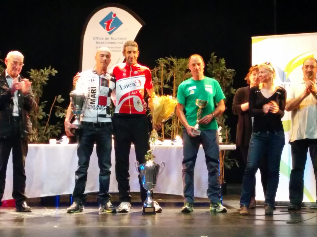 Le trio vainqueur du 138 km